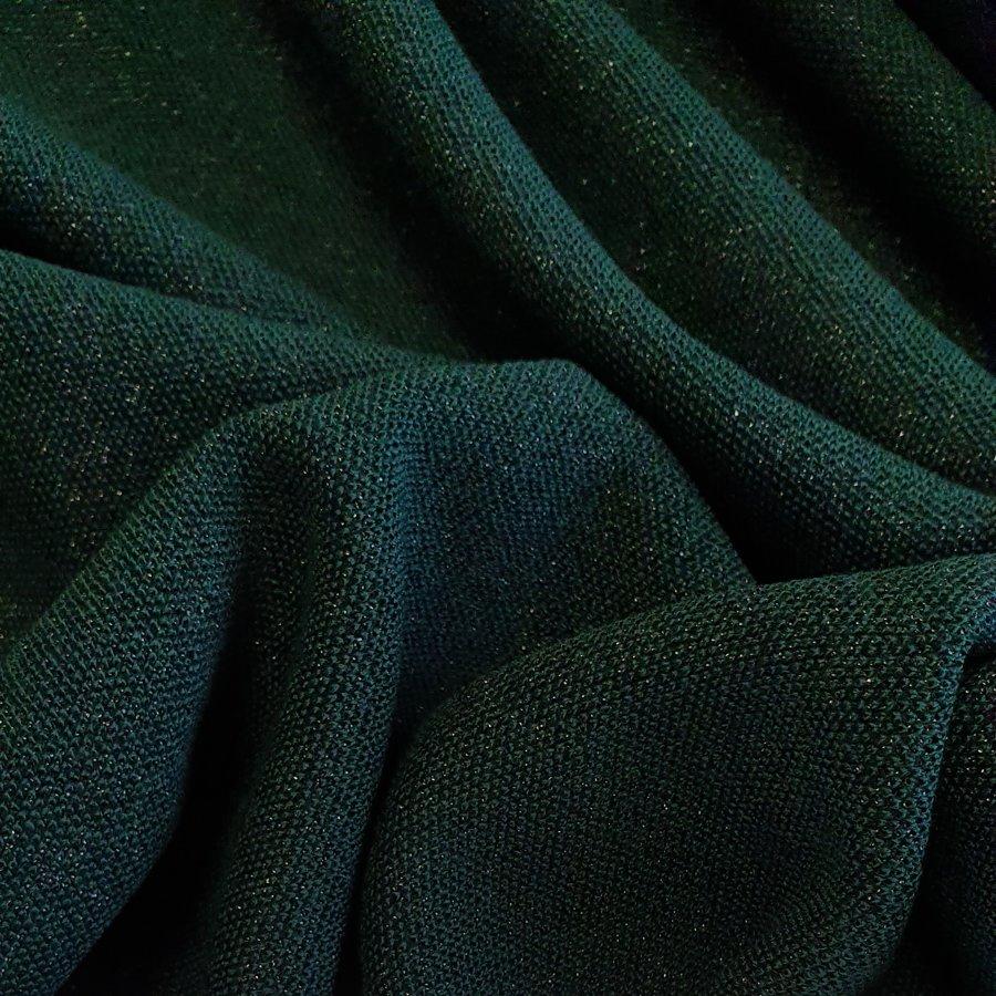 Zaļa ( Viskozes trikotāža ar metālisku diegu )